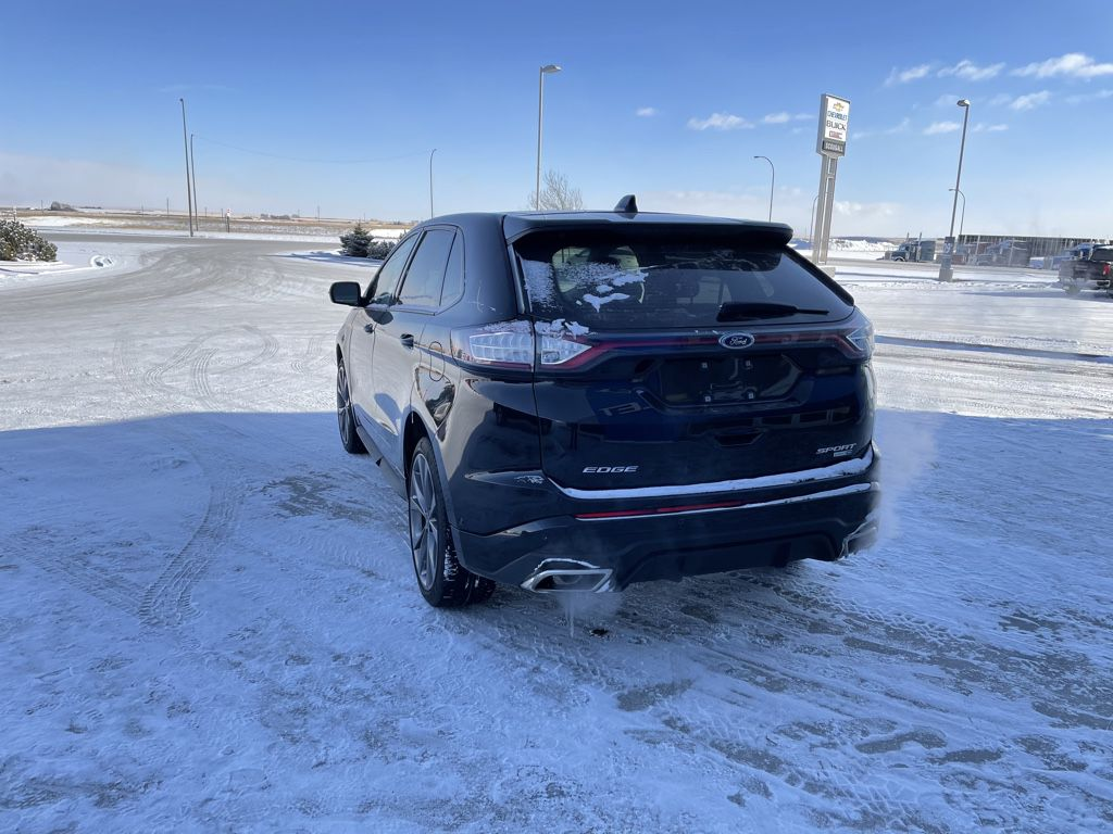 Black[Shadow Black] 2018 Ford Edge Left Front Head Light / Bumper and Grill in Fort Macleod AB