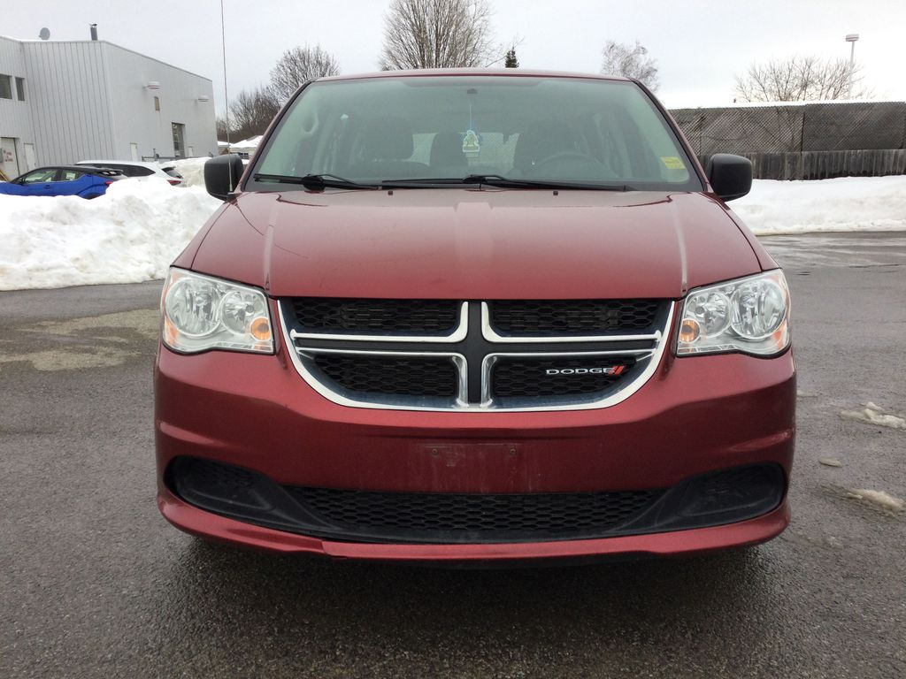 Red[Deep Cherry Red Crystal Pearl] 2016 Dodge Grand Caravan Front Vehicle Photo in Brockville ON