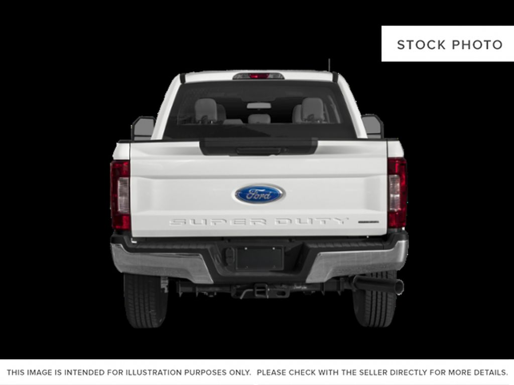 White[Oxford White] 2019 Ford Super Duty F-350 SRW Rear of Vehicle Photo in Fort Macleod AB