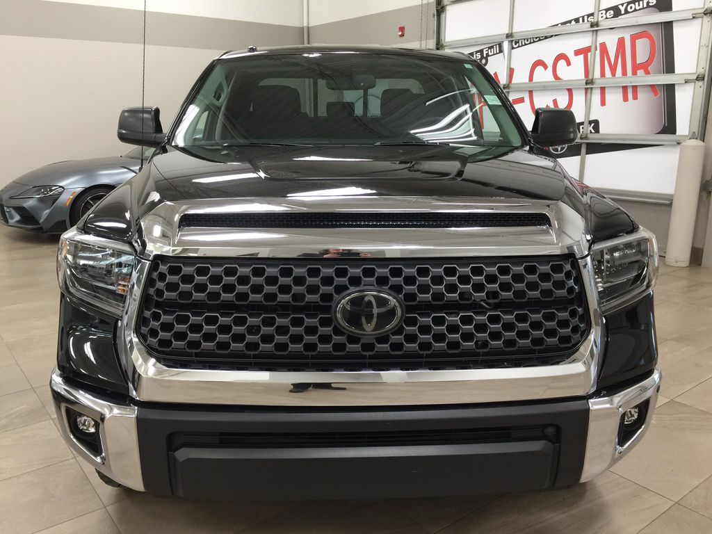 Black[Midnight Black Metallic] 2018 Toyota Tundra TRD Off-Road Double Cab 4WD Front Vehicle Photo in Sherwood Park AB