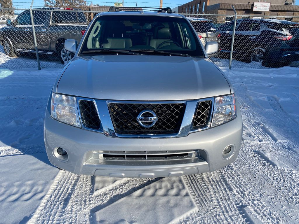 Silver[Airstream Metallic] 2012 Nissan Pathfinder Front Vehicle Photo in Lethbridge AB