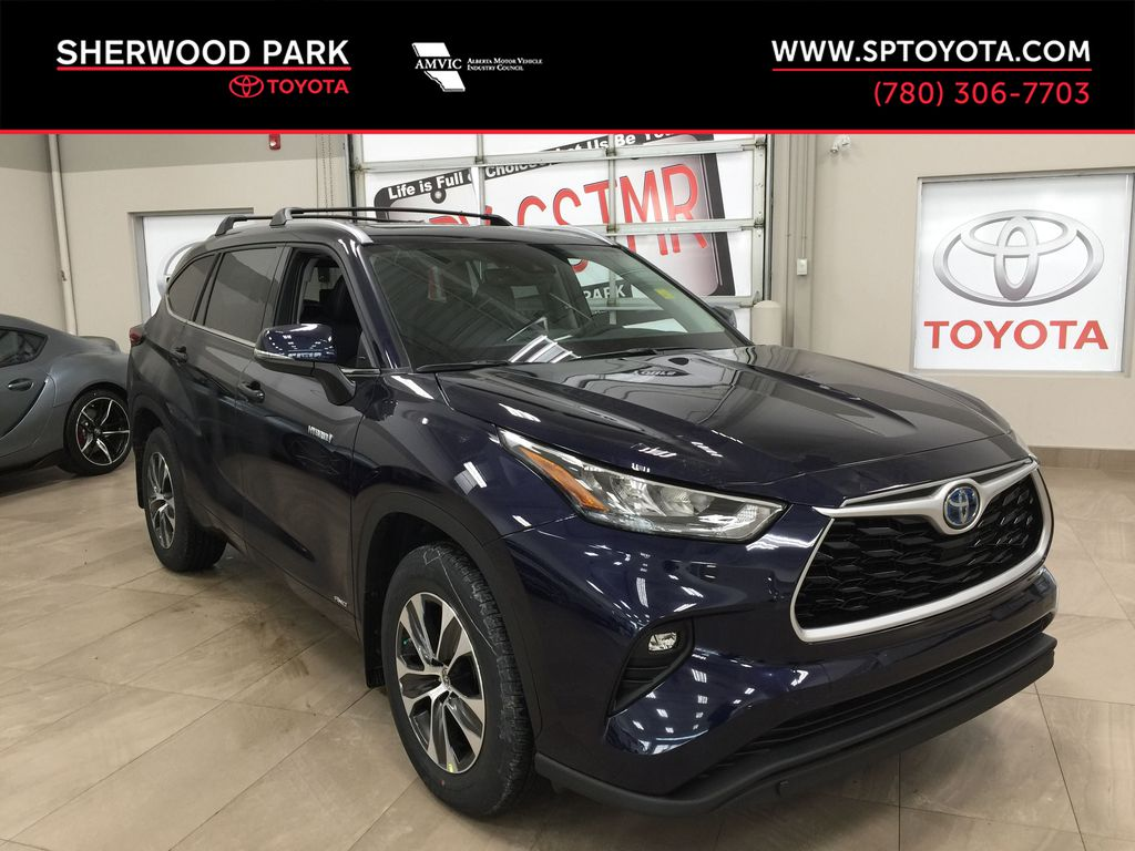 Blue[Blueprint] 2021 Toyota Highlander XLE Hybrid