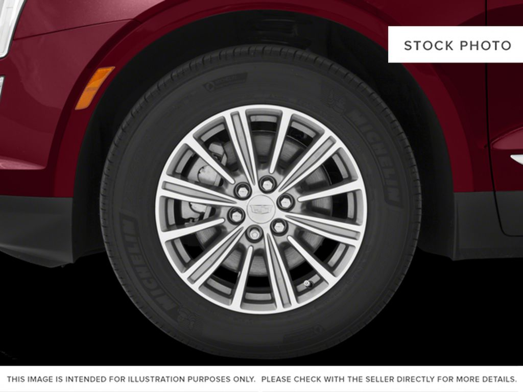 White[Crystal White Tricoat] 2017 Cadillac XT5 Left Front Rim and Tire Photo in Fort Macleod AB