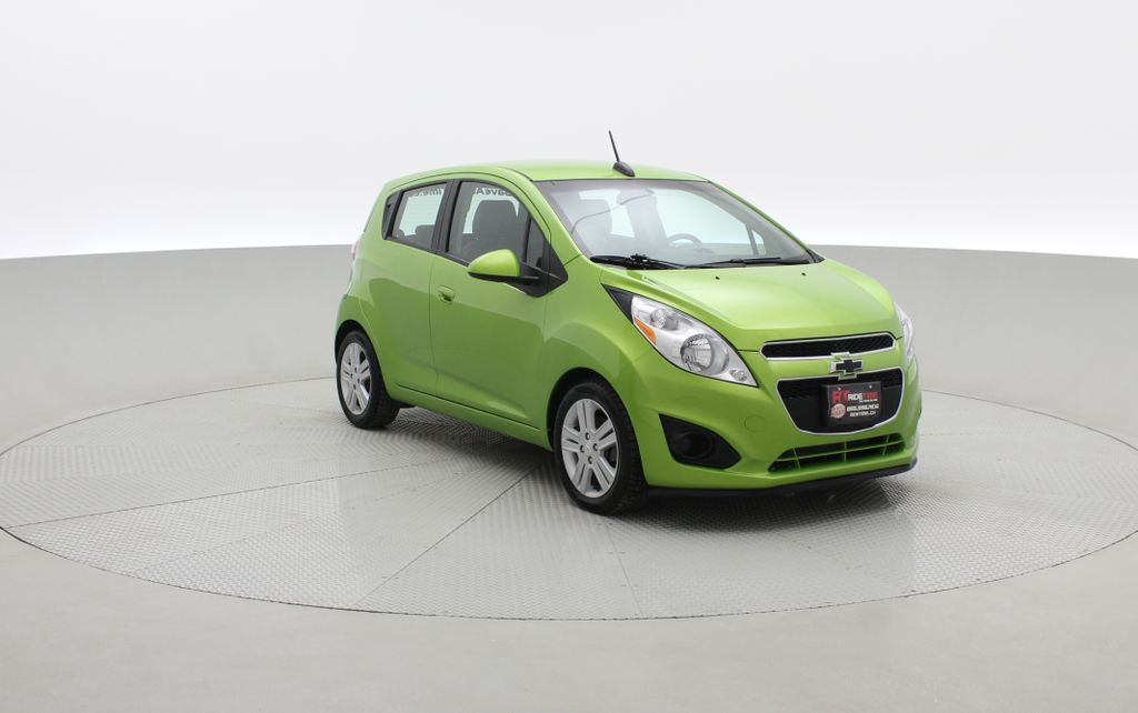Green[Lime] 2015 Chevrolet Spark LT - AUTO,  Bluetooth, Automatic, SiriusXM Radio Left Front Corner Photo in Winnipeg MB