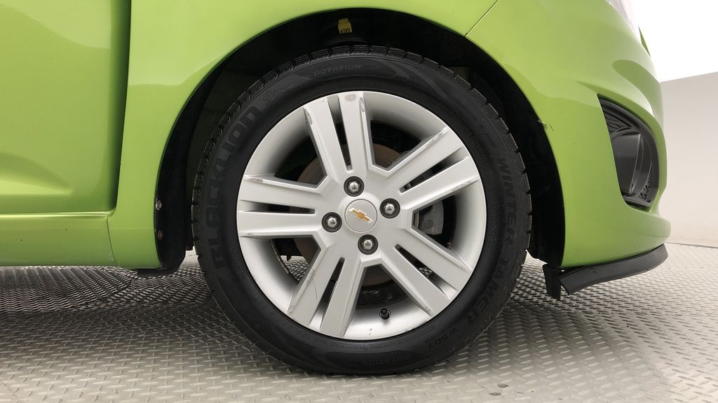Green[Lime] 2015 Chevrolet Spark LT - AUTO,  Bluetooth, Automatic, SiriusXM Radio Right Front Rim and Tire Photo in Winnipeg MB