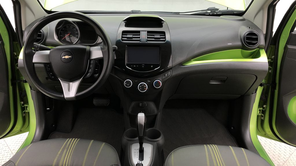 Green[Lime] 2015 Chevrolet Spark LT - AUTO,  Bluetooth, Automatic, SiriusXM Radio Central Dash Options Photo in Winnipeg MB