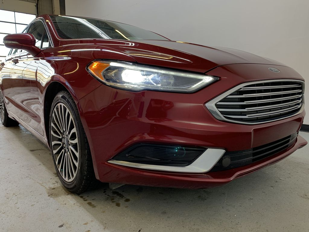 D.RED 2018 Ford Fusion SE -  Apple CarPlay, Remote Start, NAV, Right Front Corner Photo in Edmonton AB