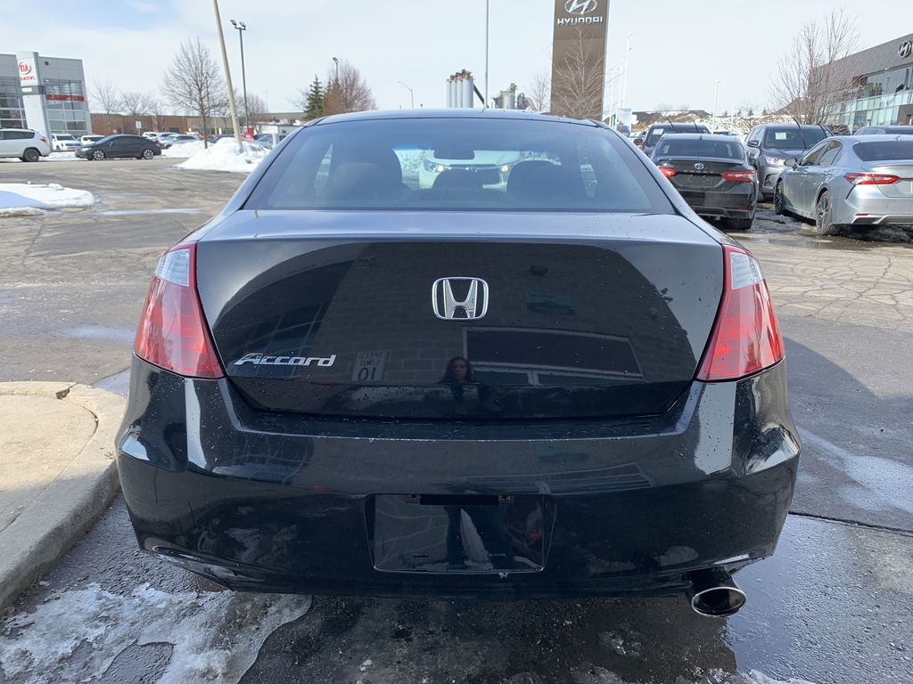 Black 2009 Honda Accord Cpe Left Front Interior Photo in Brampton ON