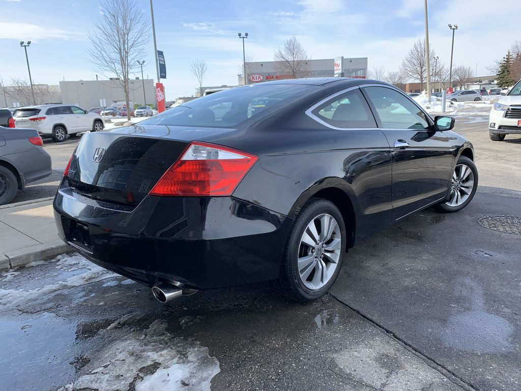 Black 2009 Honda Accord Cpe Sunroof Photo in Brampton ON