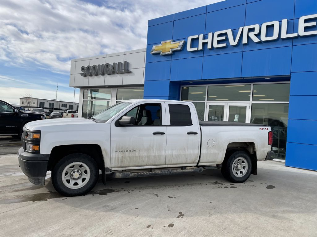 White[Summit White] 2014 Chevrolet Silverado 1500 Left Front Interior Photo in Fort Macleod AB