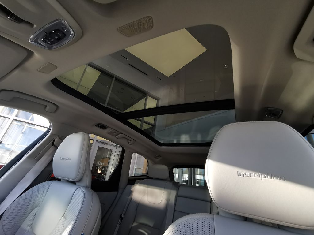 Red[Fusion Red Metallic] 2020 Volvo XC60 Sunroof Photo in Edmonton AB