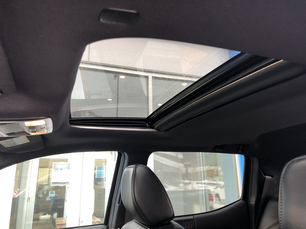 Gray[Cement Grey Metallic] 2019 Toyota Tacoma SR5 Sunroof Photo in Canmore AB
