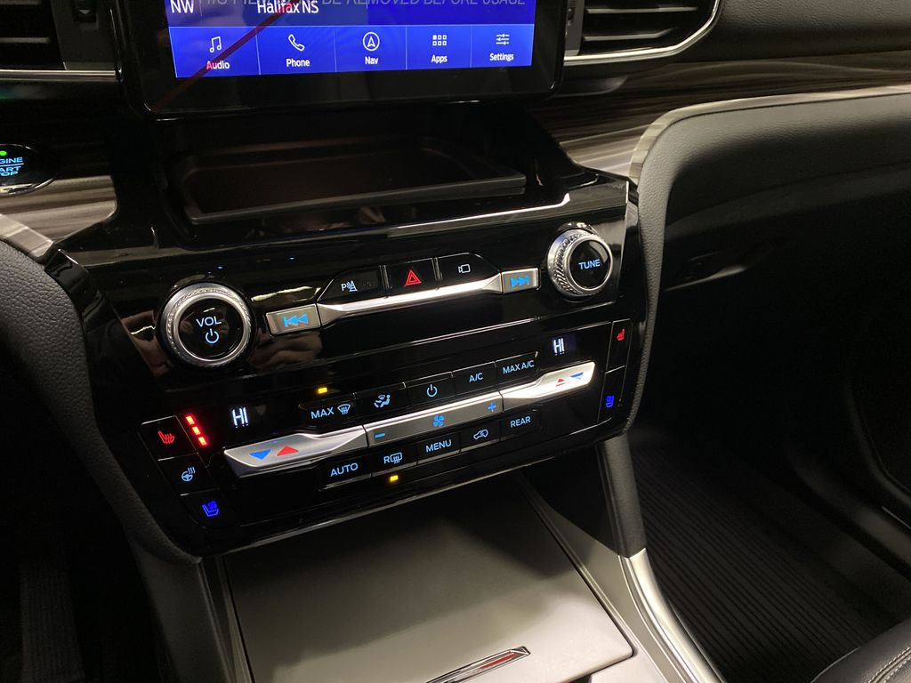 STERLING GREY METALLIC 2021 Ford Explorer Central Dash Options Photo in Dartmouth NS