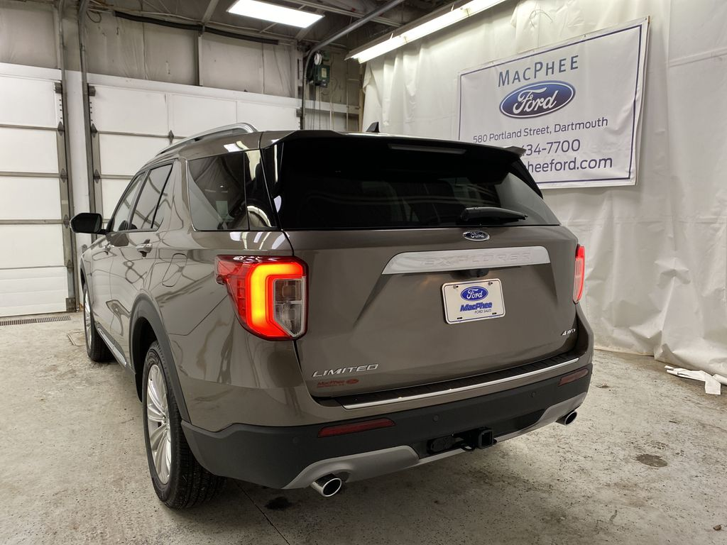 STERLING GREY METALLIC 2021 Ford Explorer Rear of Vehicle Photo in Dartmouth NS