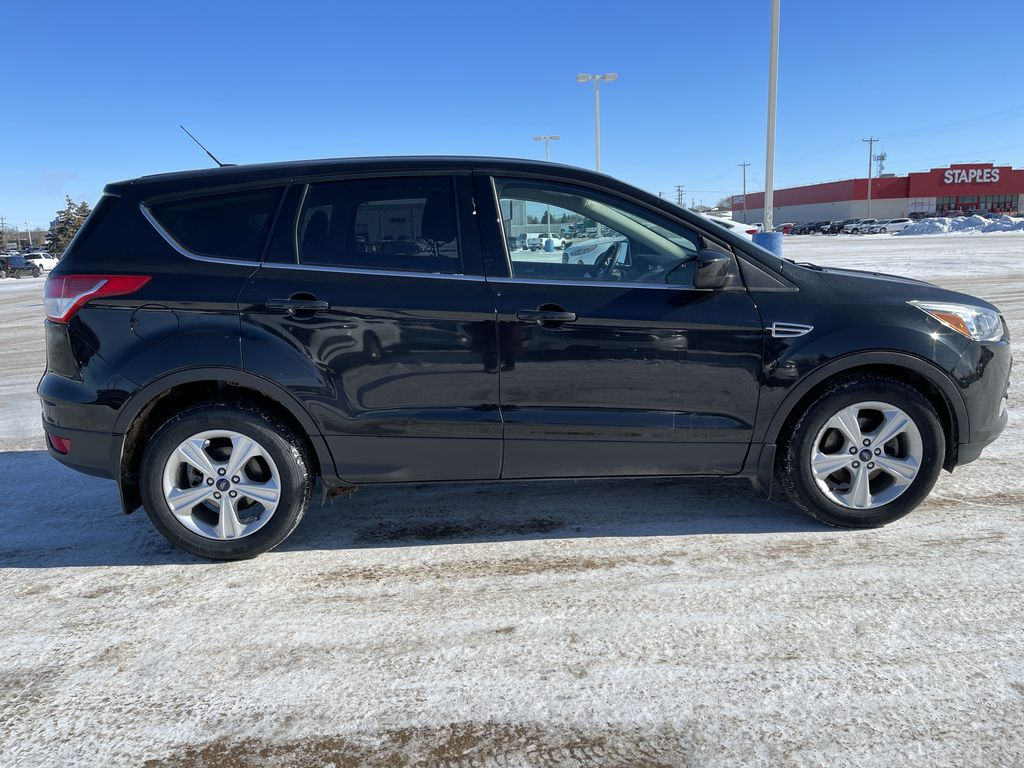 Black 2015 Ford Escape FWD 4dr SE *Heated Seats* *Backup Cam* *Bluetooth* Right Side Photo in Brandon MB