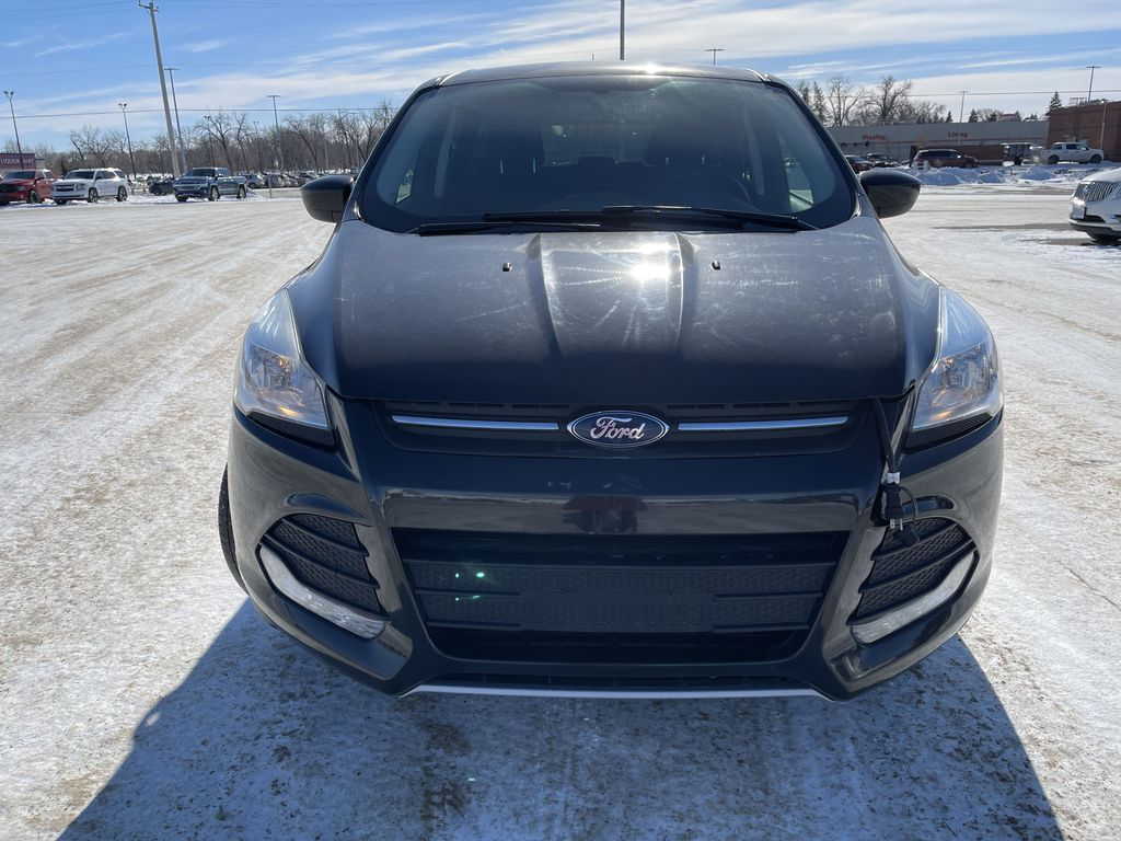 Black 2015 Ford Escape FWD 4dr SE *Heated Seats* *Backup Cam* *Bluetooth* Front Vehicle Photo in Brandon MB