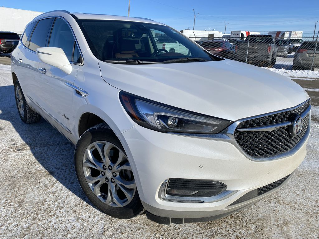 White[White Frost Tricoat] 2018 Buick Enclave