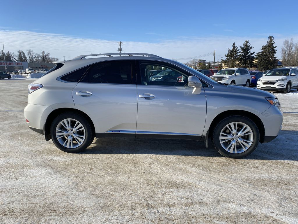 Silver[Tungsten Pearl] 2012 Lexus RX 450h AWD 4dr Hybrid *Heated/Cooled Seats* *NAV* *Backup Cam* Right Side Photo in Brandon MB
