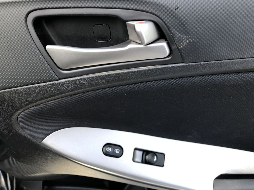 Black[Ultra Black Pearl] 2015 Hyundai Accent Passenger Front Door Controls Photo in Canmore AB