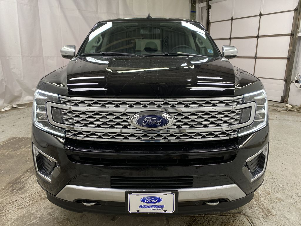 Black[Agate Black] 2021 Ford Expedition Front Vehicle Photo in Dartmouth NS