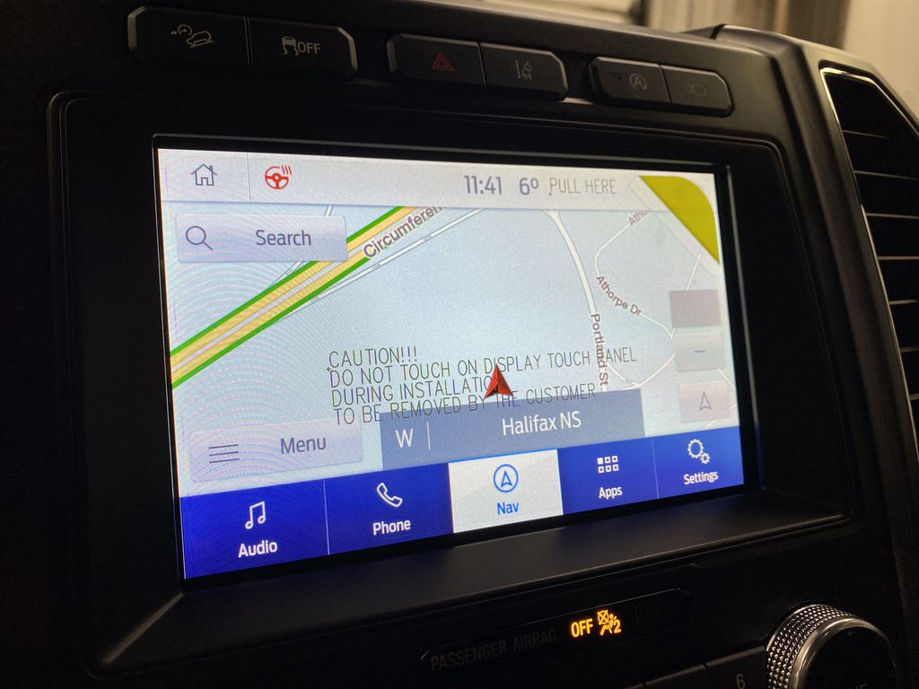 Black[Agate Black] 2021 Ford Expedition Navigation Screen Closeup Photo in Dartmouth NS