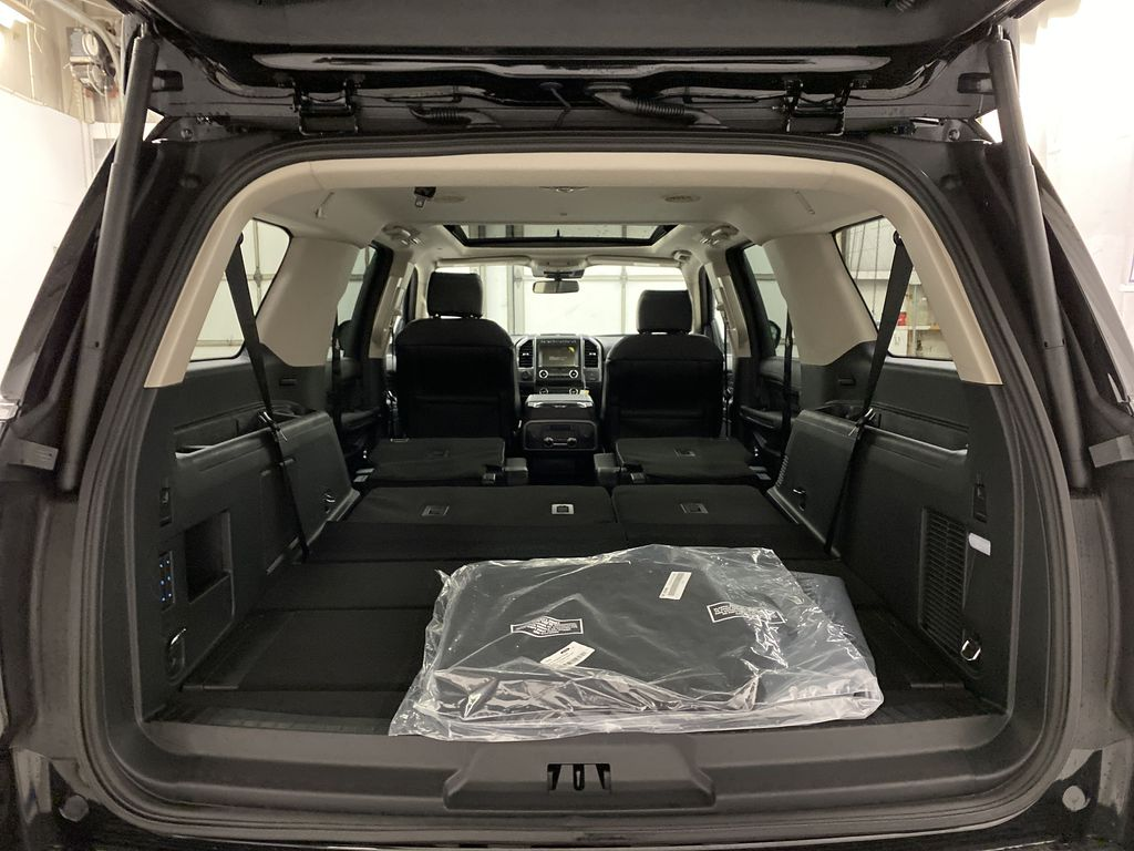 Black[Agate Black] 2021 Ford Expedition Trunk / Cargo Area Photo in Dartmouth NS