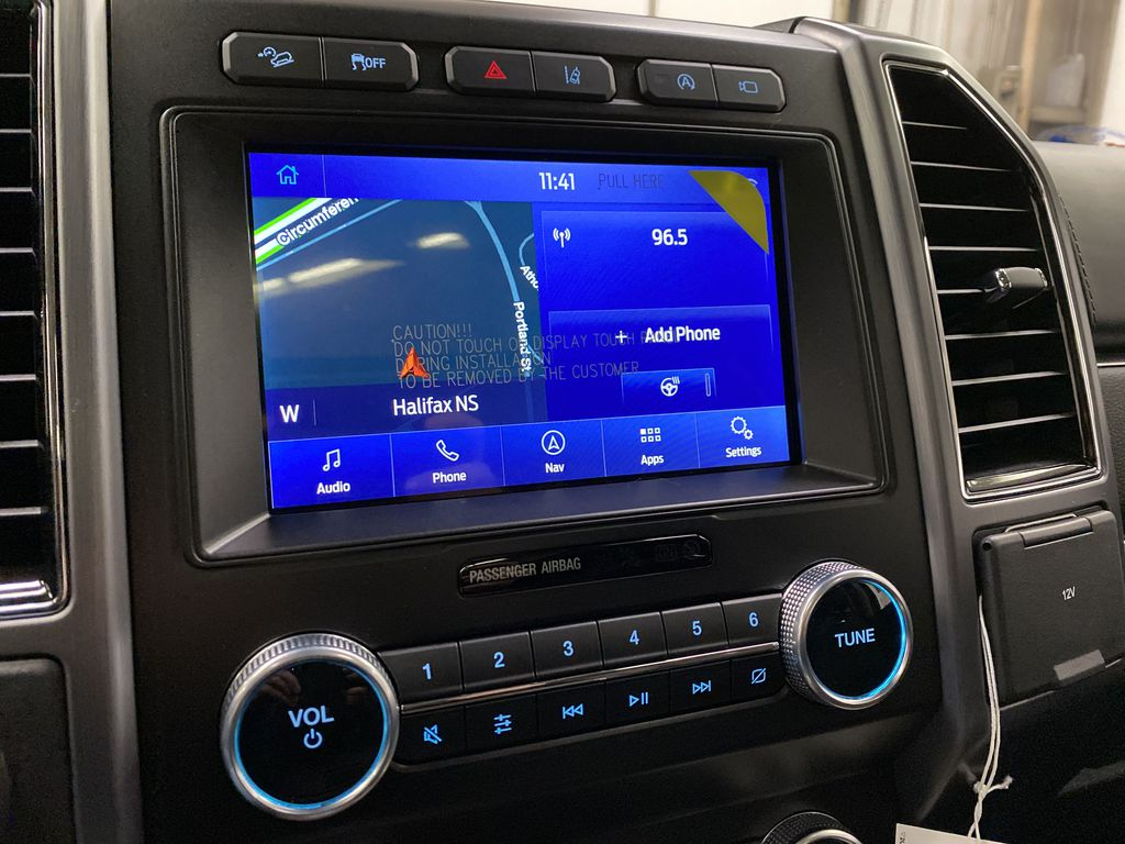 Black[Agate Black] 2021 Ford Expedition Radio Controls Closeup Photo in Dartmouth NS