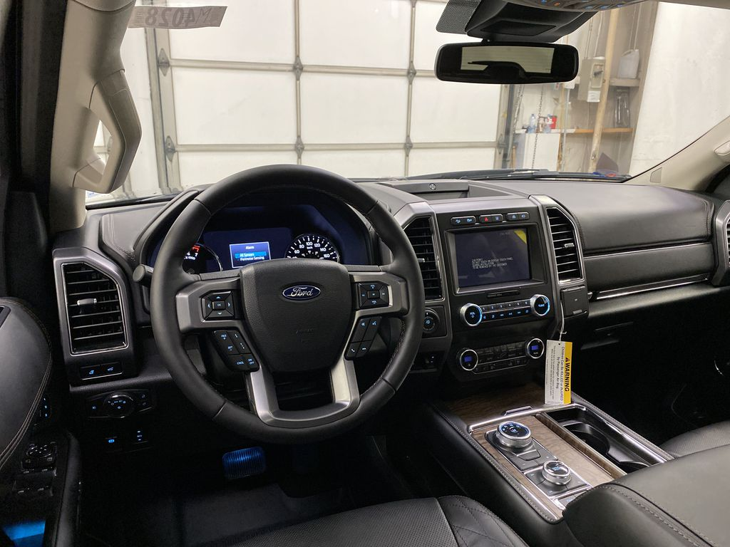 Black[Agate Black] 2021 Ford Expedition Strng Wheel: Frm Rear in Dartmouth NS