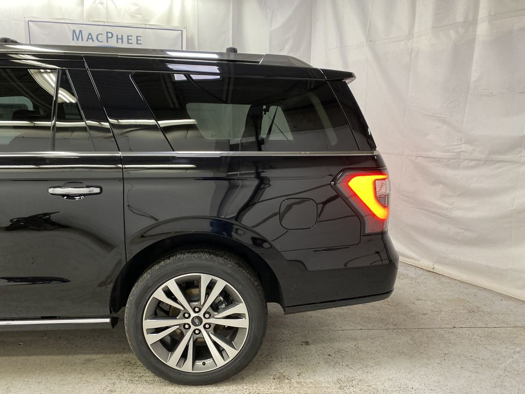 Black[Agate Black] 2021 Ford Expedition Left Rear Corner Photo in Dartmouth NS
