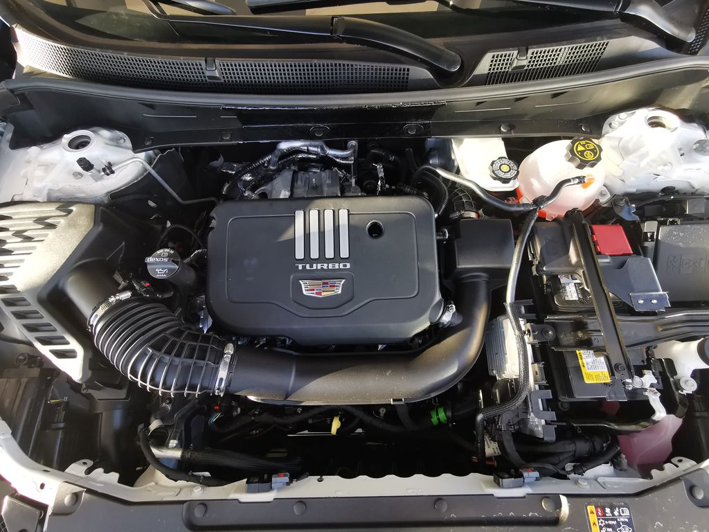 White[Crystal White Tricoat] 2021 Cadillac XT6 Engine Compartment Photo in Edmonton AB