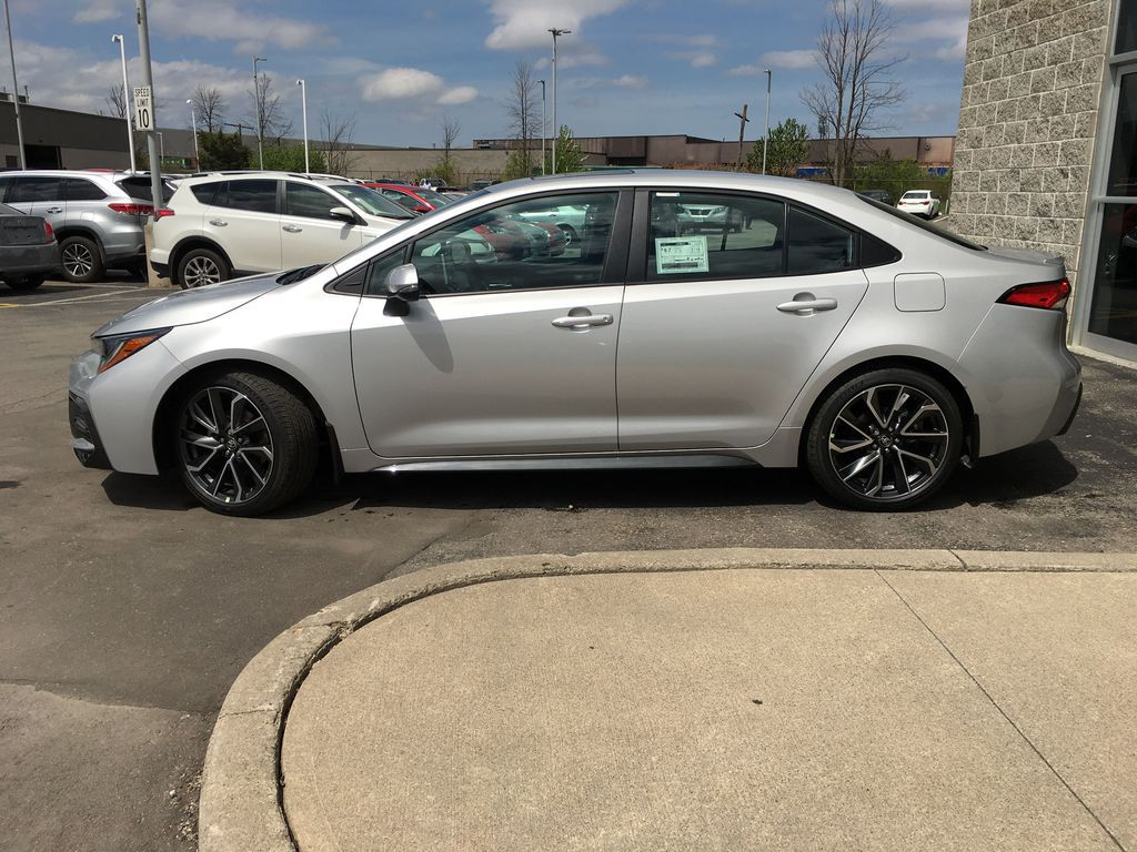 Silver[Classic Silver Metallic] 2021 Toyota Corolla SE Upgrade Package B4RBSC BM Engine Compartment Photo in Brampton ON