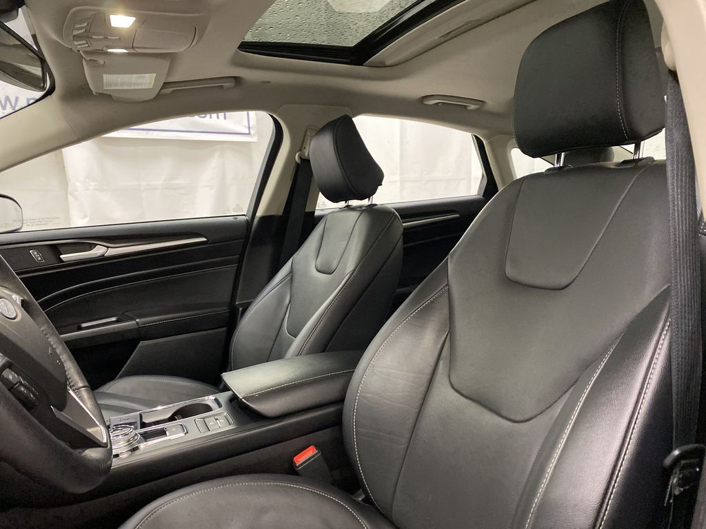 Red[Rapid Red Metallic Tinted Clearcoat] 2020 Ford Fusion Hybrid Left Front Interior Photo in Dartmouth NS