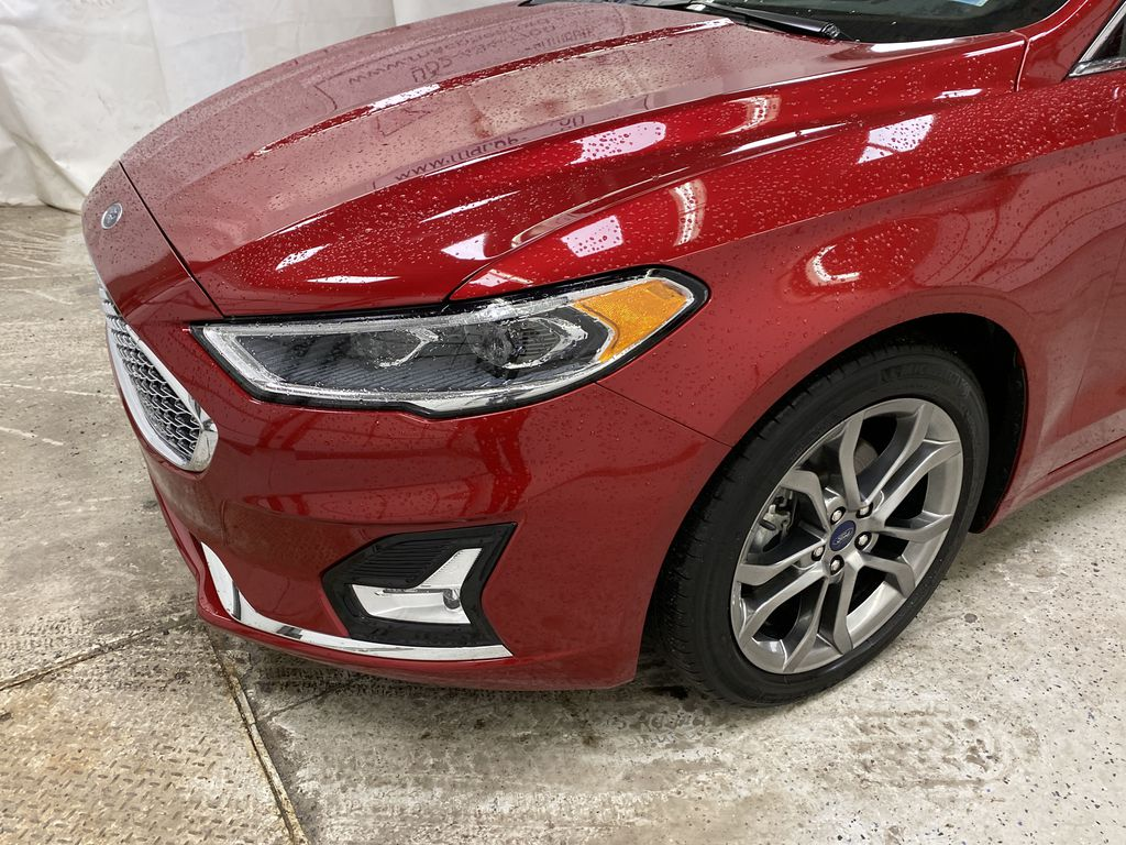 Red[Rapid Red Metallic Tinted Clearcoat] 2020 Ford Fusion Hybrid Left Front Corner Photo in Dartmouth NS