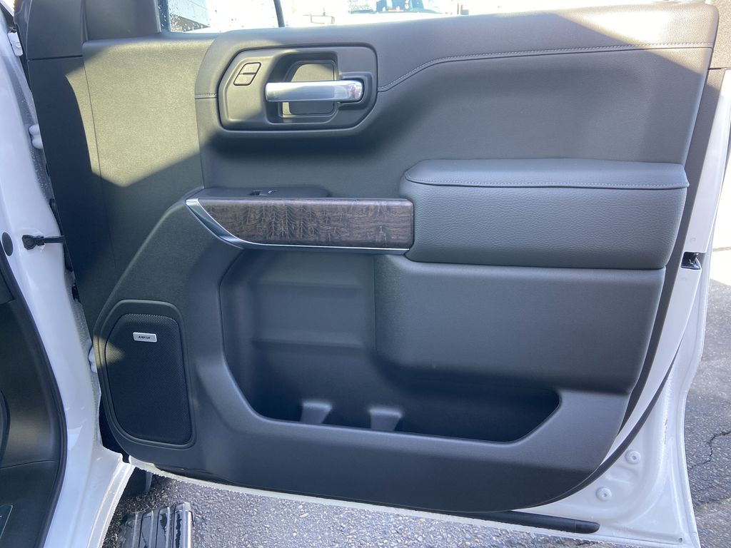 White[White Frost Tricoat] 2021 GMC Sierra 1500 Denali Right Front Interior Door Panel Photo in Calgary AB