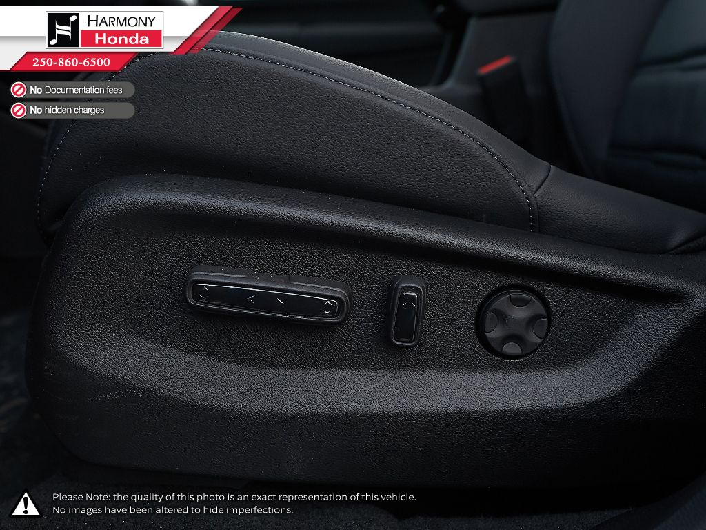 RED R-569M 2021 Honda CR-V Third Row Seat or Additional  Photo in Kelowna BC