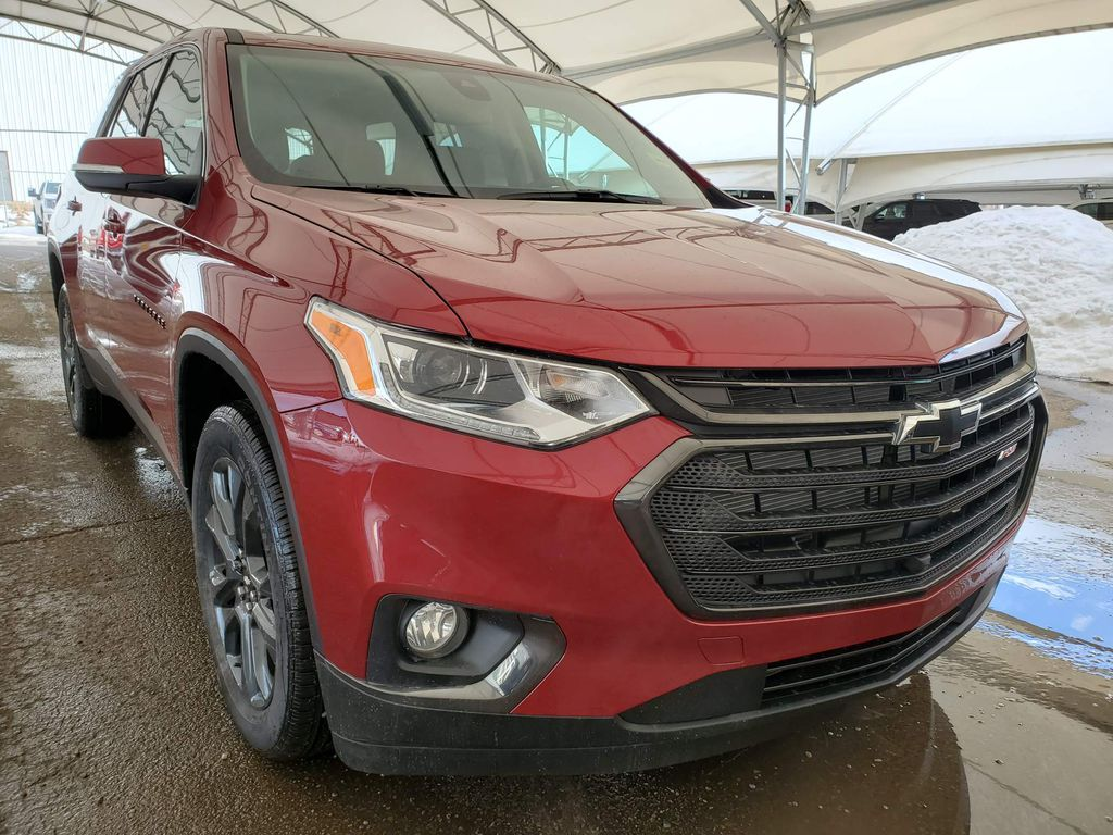Red 2021 Chevrolet Traverse
