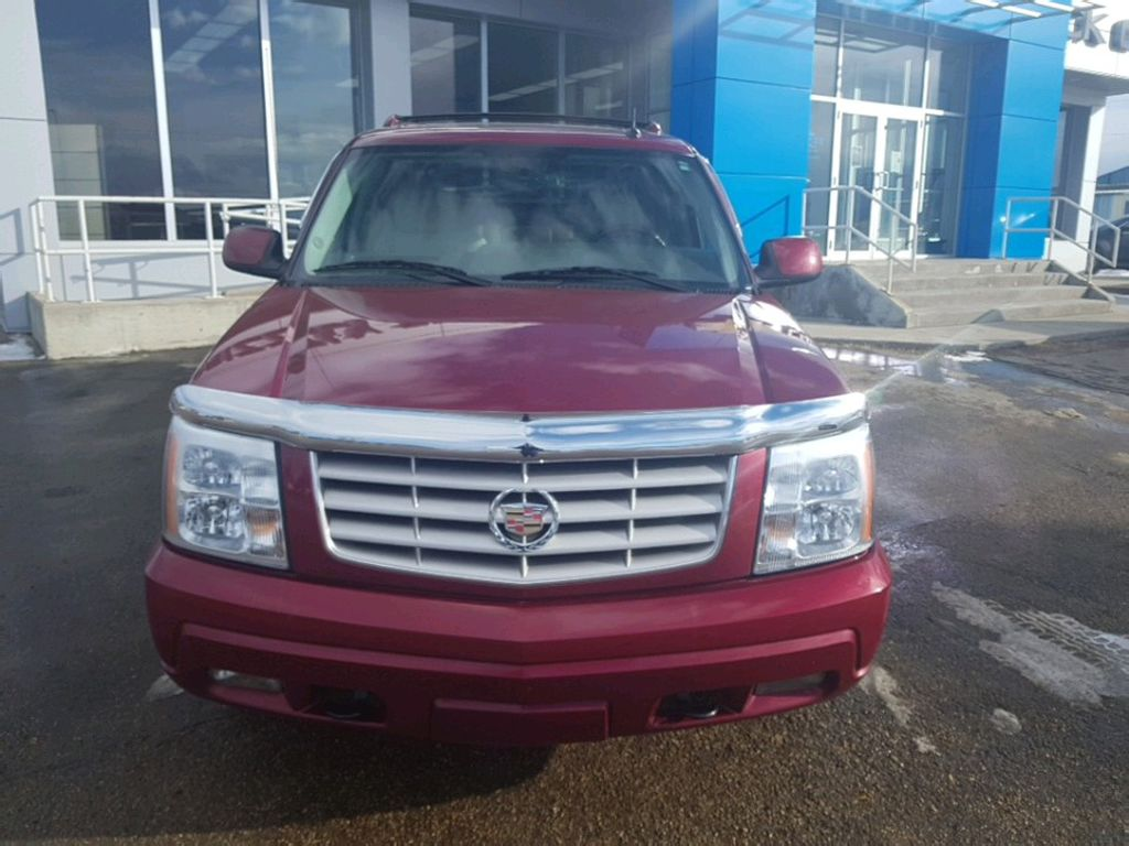 2005 Cadillac Escalade EXT Left Front Corner Photo in Barrhead AB