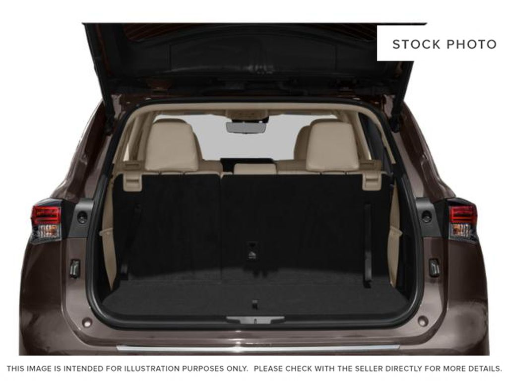 Black[Midnight Black Metallic] 2021 Toyota Highlander Trunk / Cargo Area Photo in Beverly Hills NU