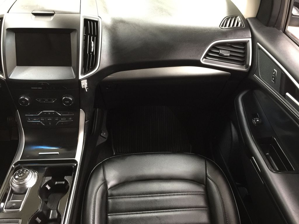 Black[Agate Black] 2019 Ford Edge SEL / LEATHER PANORAMIC SUNROOF Right Front Seat Photo in Sherwood Park AB