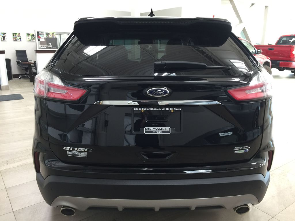 Black[Agate Black] 2019 Ford Edge SEL / LEATHER PANORAMIC SUNROOF Rear of Vehicle Photo in Sherwood Park AB