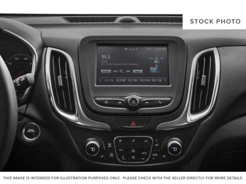 2021 Chevrolet Equinox Radio Controls Closeup Photo in Barrhead AB
