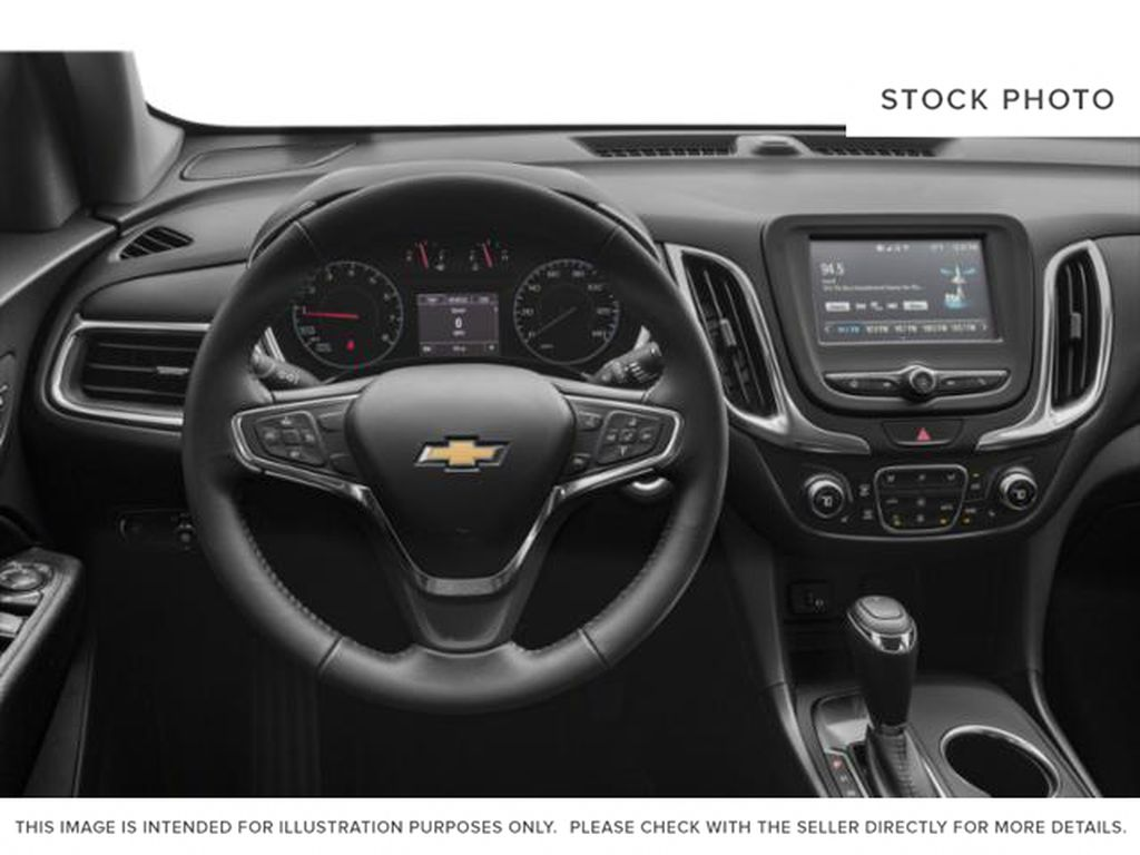 2021 Chevrolet Equinox Steering Wheel and Dash Photo in Barrhead AB
