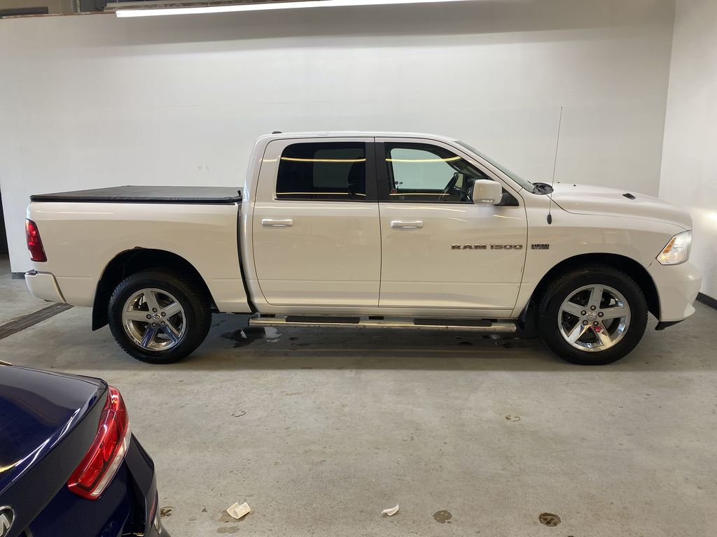 WHTIE 2011 Ram 1500 Sport - Heated/Cooled Font Seats, Power Front Seats Right Side Photo in Edmonton AB