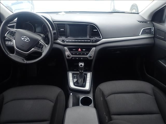 Black 2018 Hyundai Elantra Limited 2.0L Auto *Heated Seats*Fog Lights*Very Low KMs!!* Steering Wheel and Dash Photo in Brandon MB