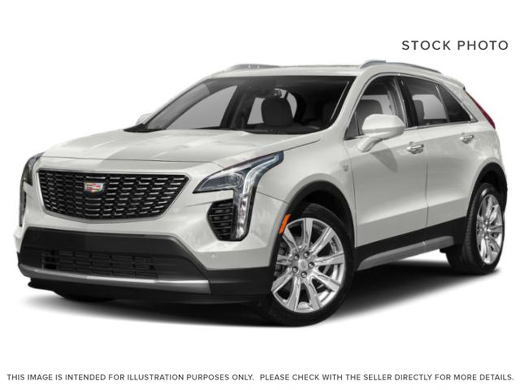 White[Crystal White Tricoat] 2021 Cadillac XT4