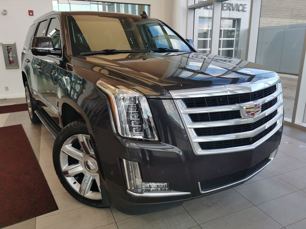 Gray[Dark Granite Metallic] 2018 Cadillac Escalade