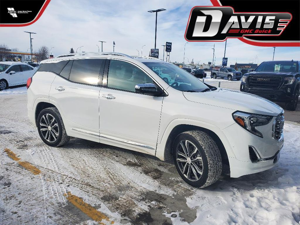 White 2019 GMC Terrain