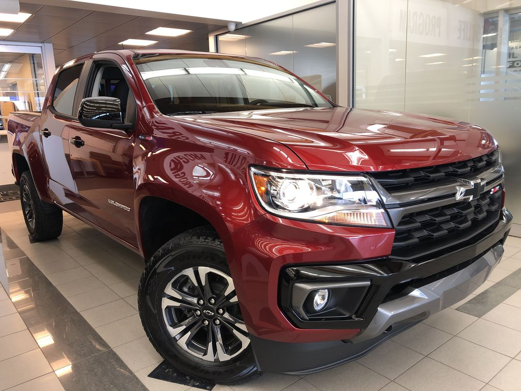 Red[Cherry Red Tintcoat] 2021 Chevrolet Colorado