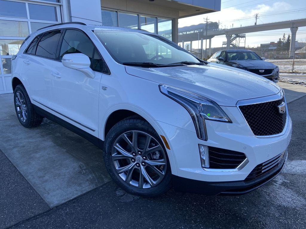 White[Crystal White Tricoat] 2021 Cadillac XT5 Sport