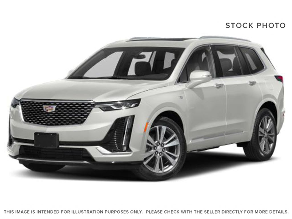 White[Crystal White Tricoat] 2021 Cadillac XT6